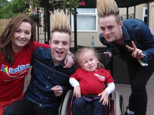 Emma and Kate meet Jedward